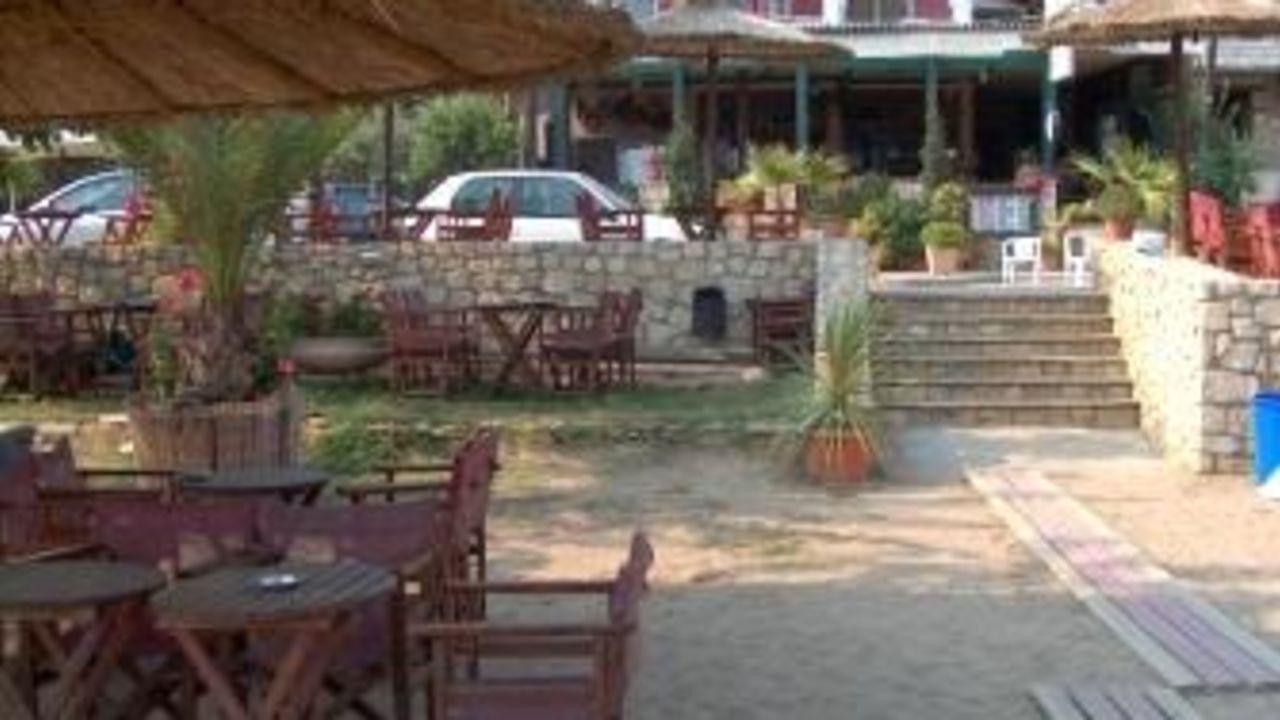Hotel Costa Haus / Appartements Valantis (Psakoudia) • HolidayCheck ...
