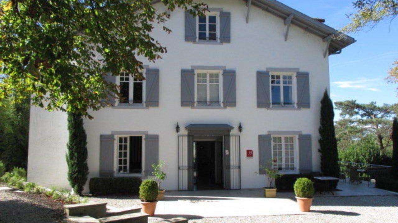 hotel la villa in bayonne holidaycheck frankreich. Black Bedroom Furniture Sets. Home Design Ideas