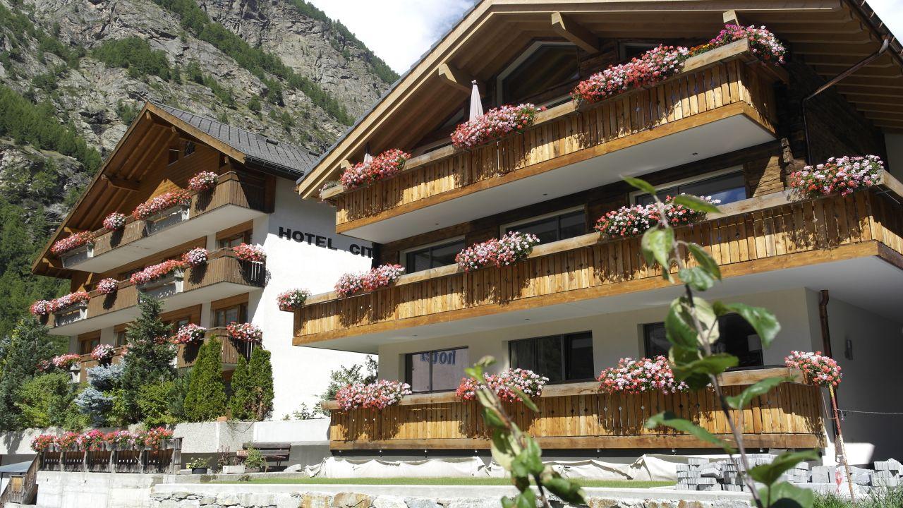 Hotel City Tasch Holidaycheck Kanton Wallis Schweiz