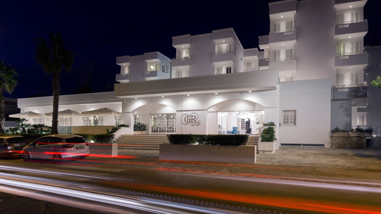 Grand Hotel Riviera (Santa Maria al Bagno) • HolidayCheck (Apulien ...
