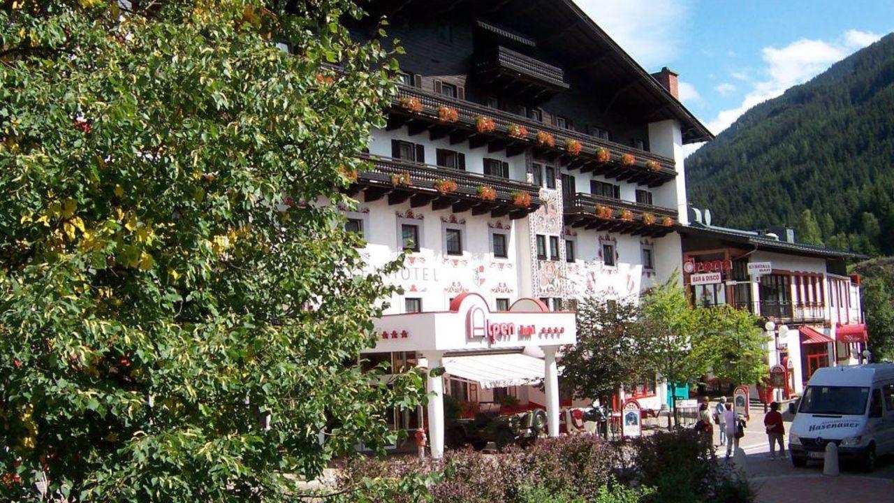 Jufa Alpenhotel Saalbach Im Umbau Renovierung Saalbach