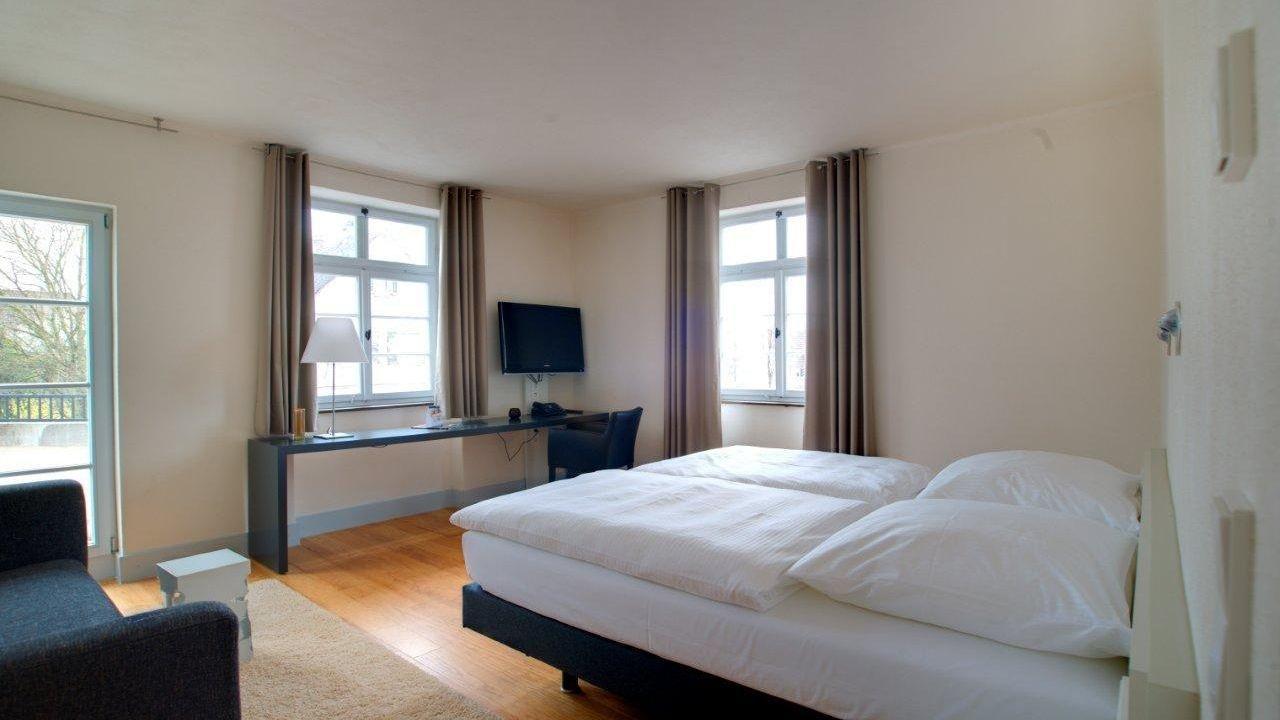 Behr Wendlingen villa behr wendlingen holidaycheck baden württemberg deutschland