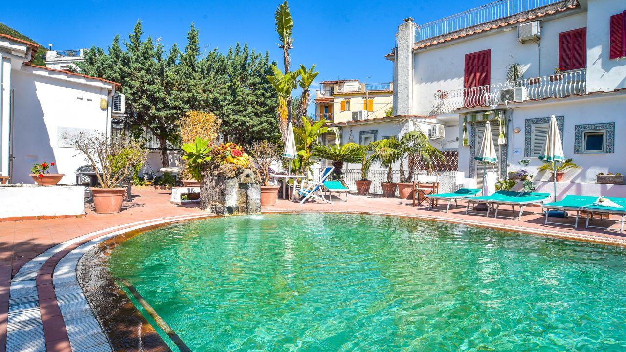 Charme Hotel La Villa Ischia