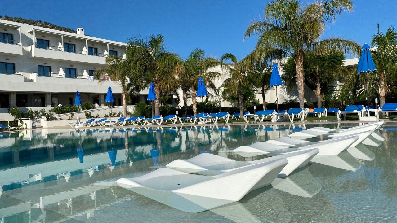 Smartline Kyknos Beach Hotel And Bungalows