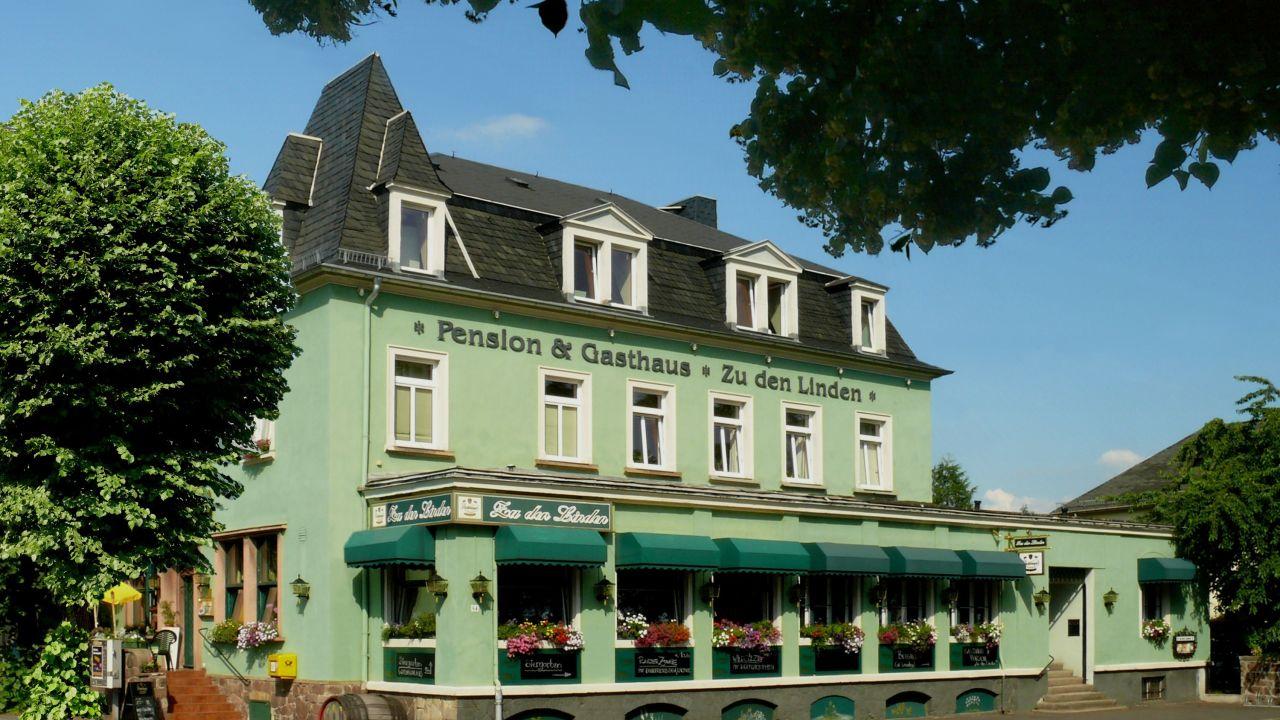Gasthaus & Pension Zu den Linden (Boxdorf) • HolidayCheck (Sachsen ...