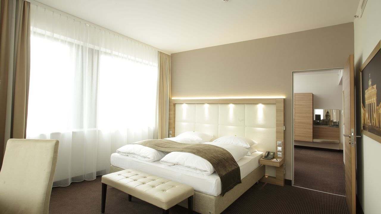 h4 hotel berlin alexanderplatz berlin mitte holidaycheck berlin deutschland. Black Bedroom Furniture Sets. Home Design Ideas