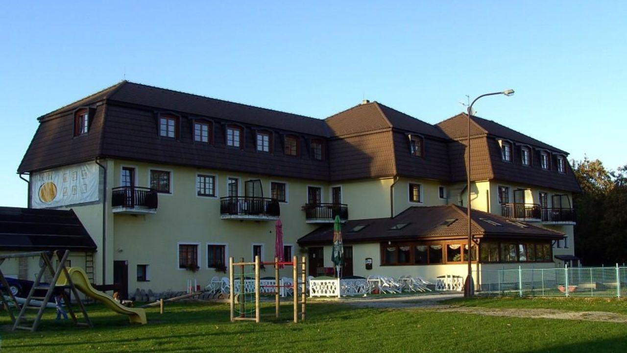 hotel na plazi horn plan oberplan holidaycheck s db hmen tschechische republik. Black Bedroom Furniture Sets. Home Design Ideas