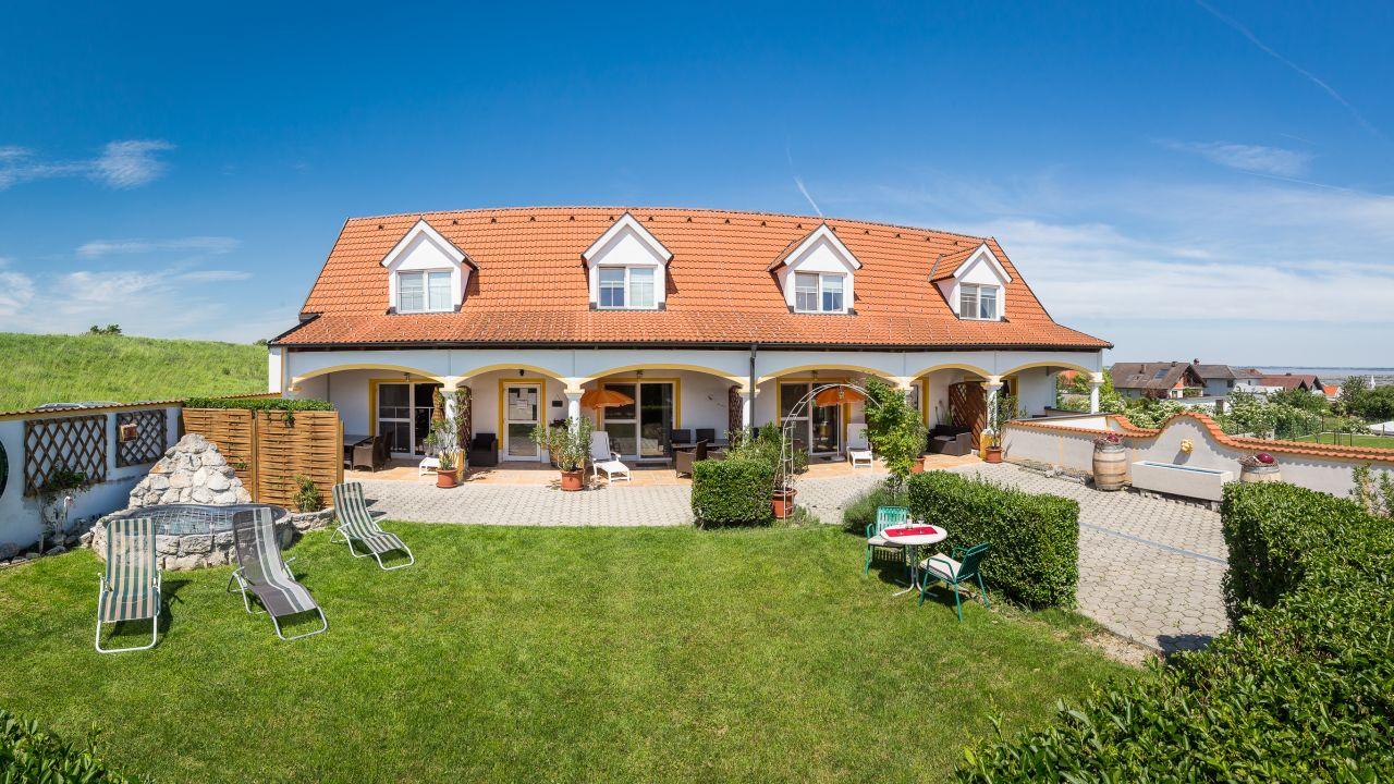 Appartementhaus Martina Mörbisch Am See Holidaycheck Burgenland