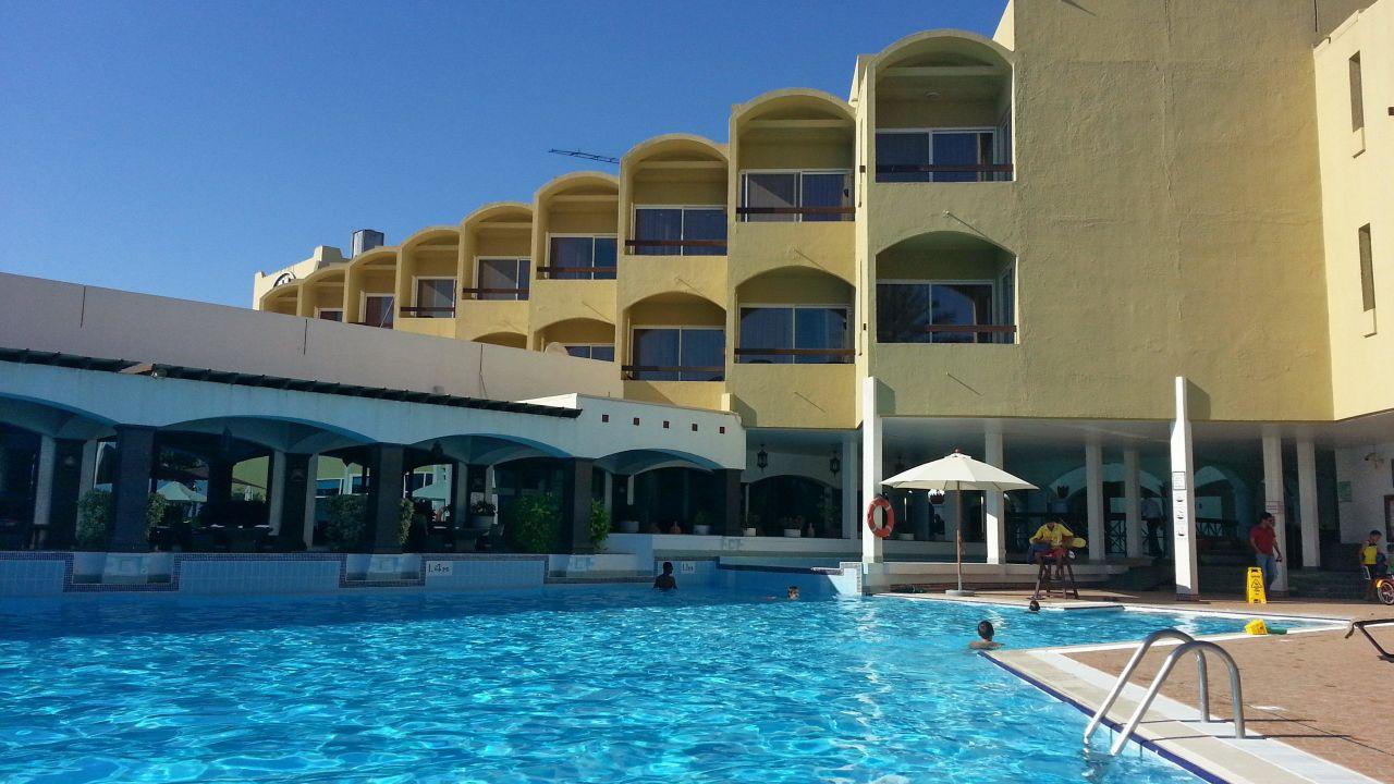 Hotel Hilton Fujairah Geschlossen Fujairah Holidaycheck