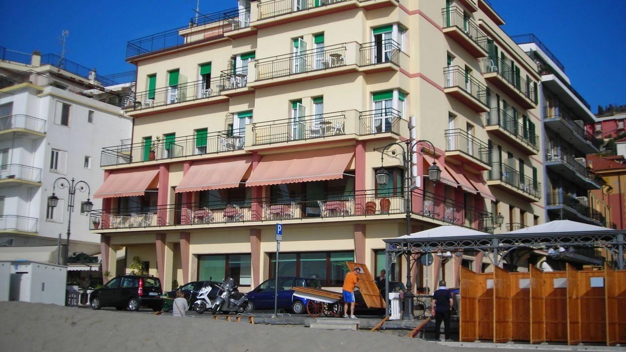 Hotel Flora Alassio Alassio Holidaycheck Ligurien Italien