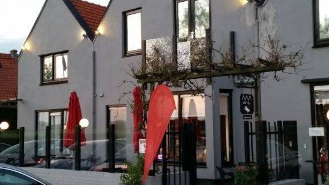 hotel de drie gevels cadzand bad holidaycheck seeland niederlande. Black Bedroom Furniture Sets. Home Design Ideas