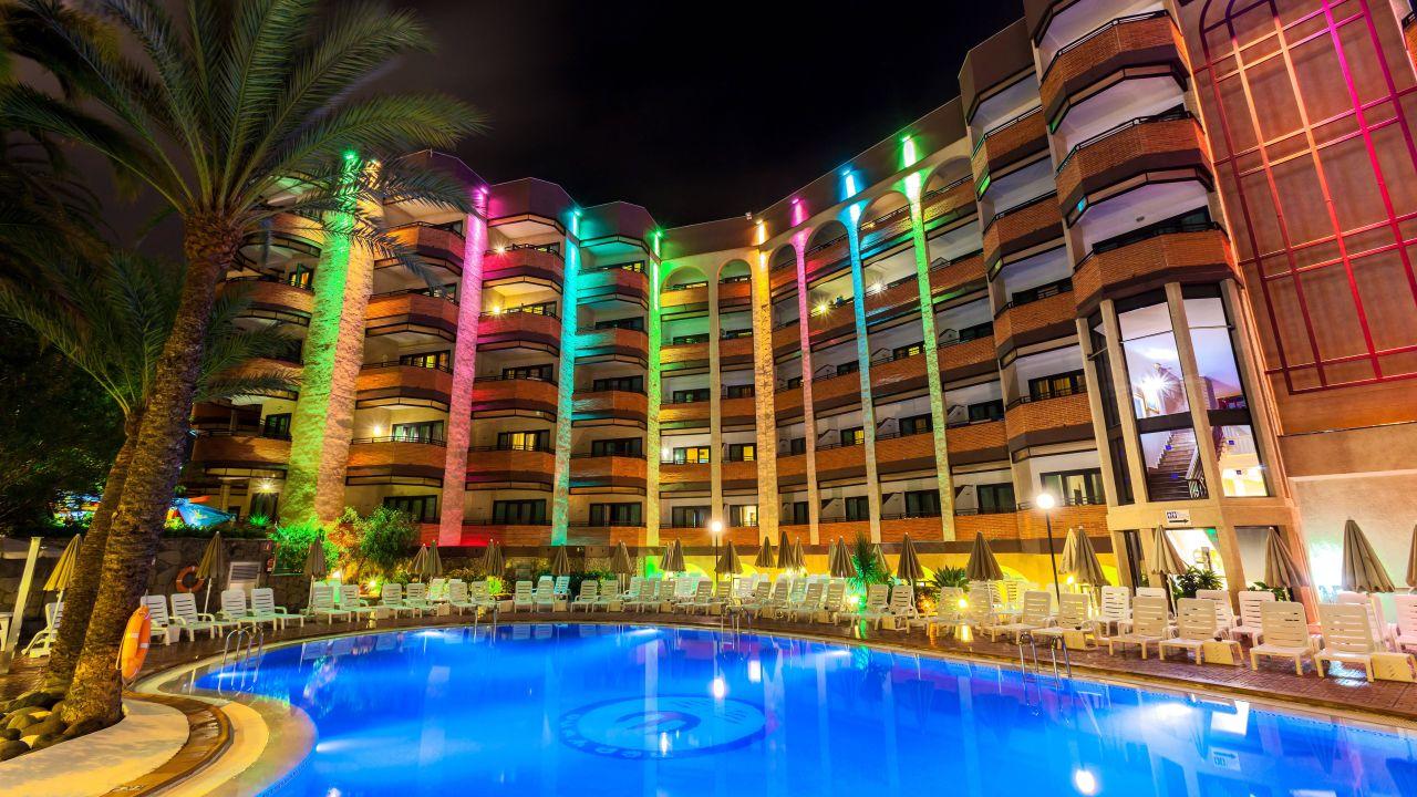Hotel neptuno gran canaria in playa del ingles for Hoteles 4 estrellas gran canaria