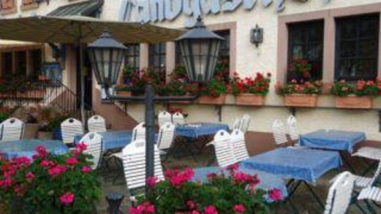 Luxusapartments Burgschänke (Rodenbach) • HolidayCheck (Rheinland ...