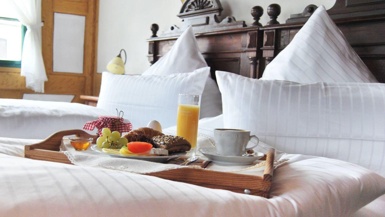 Hotel Restaurant Der Schwan Schwanstetten Holidaycheck Bayern
