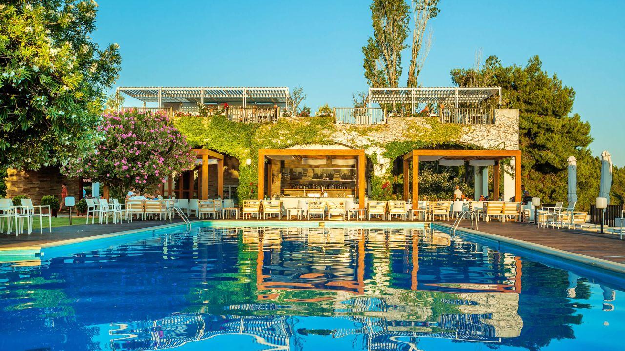 Hotel skiathos palace in skiathos holidaycheck kleine for Hotel skiathos