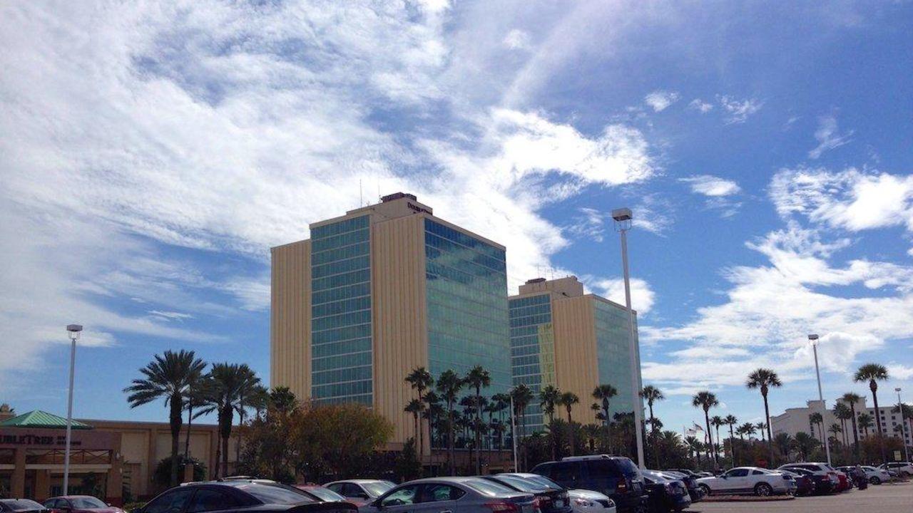 Doubletree Hotel At The Entrance To Universal Orlando Orlando