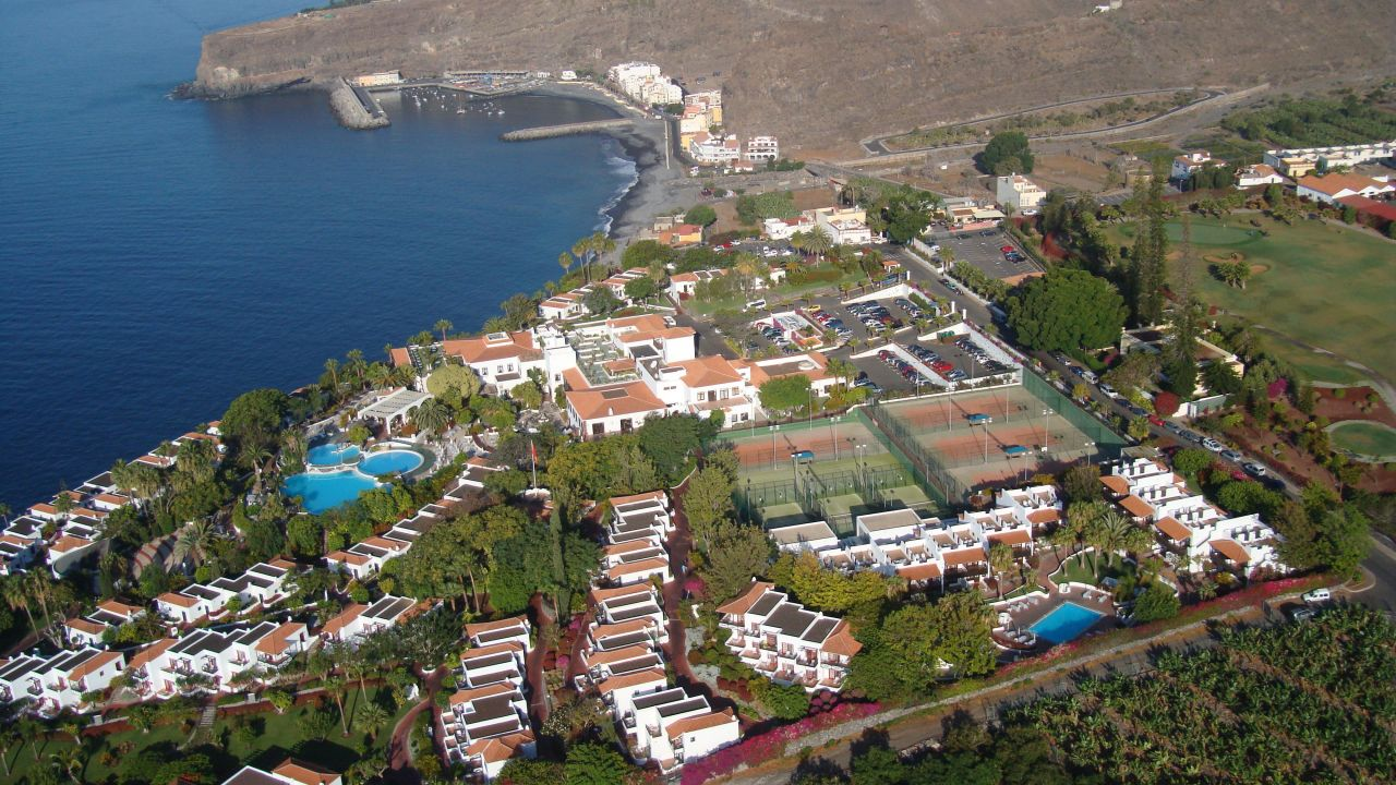 Hotel jardin tecina playa de santiago holidaycheck la for Jardin tecina gomera
