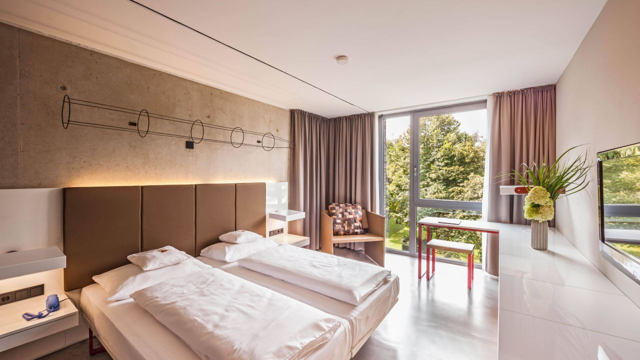 burns art cologne in k ln holidaycheck nordrhein westfalen deutschland. Black Bedroom Furniture Sets. Home Design Ideas