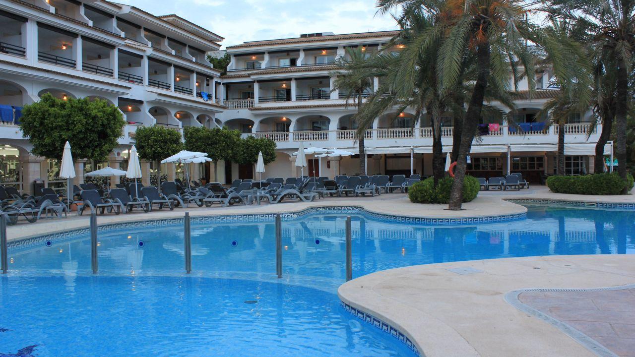hotel beach club font de sa cala font de sa cala holidaycheck mallorca spanien. Black Bedroom Furniture Sets. Home Design Ideas