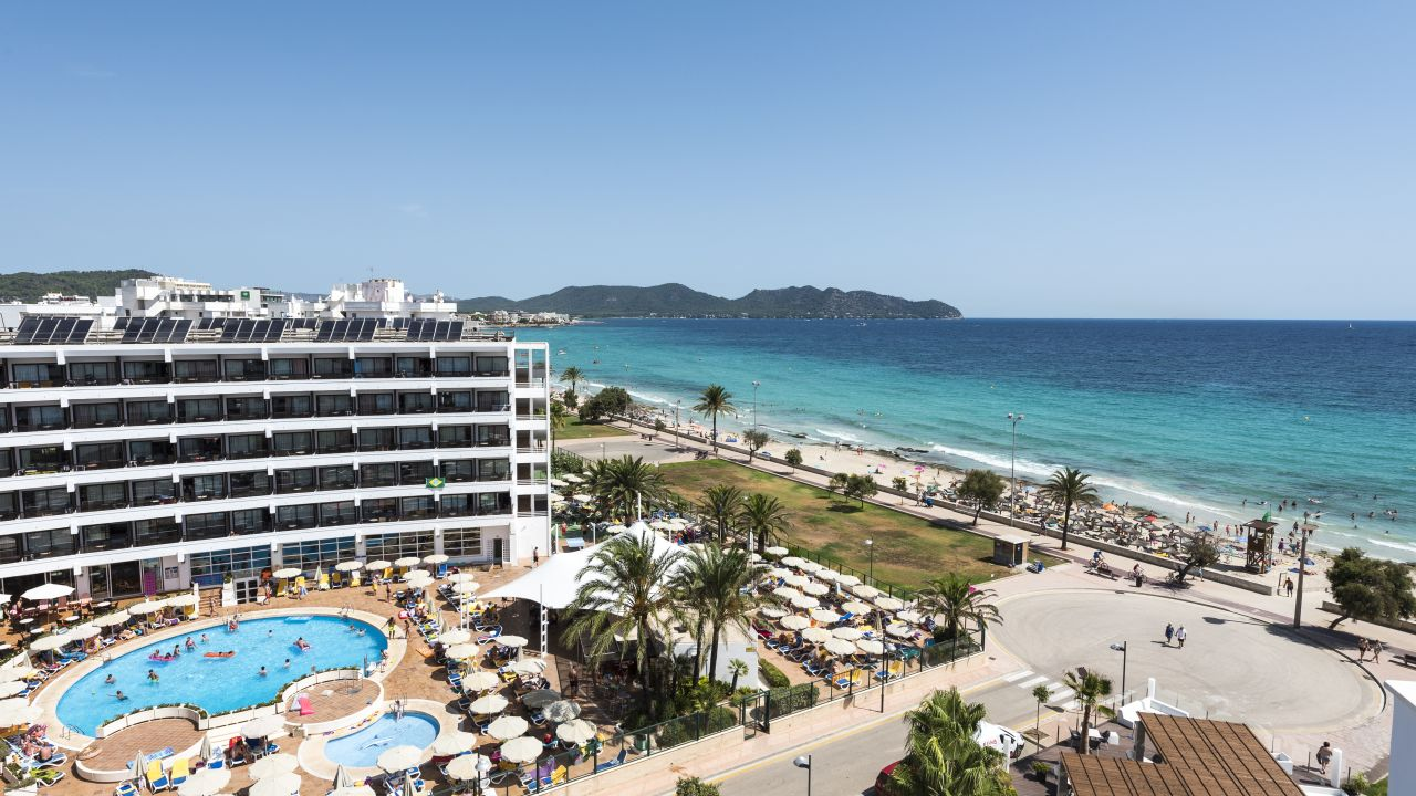 Allsun hotel sumba cala millor holidaycheck mallorca for Designhotel mallorca strand