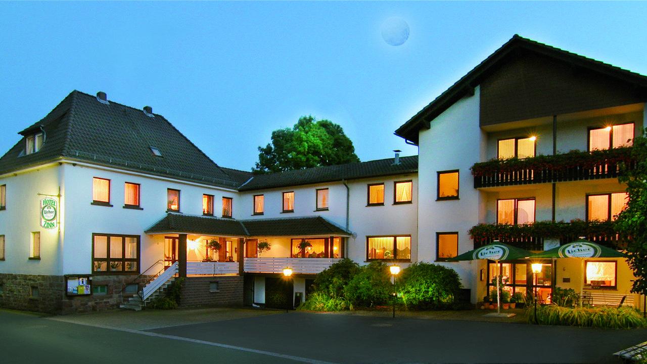 landhotel zinn in kn llwald holidaycheck hessen deutschland. Black Bedroom Furniture Sets. Home Design Ideas