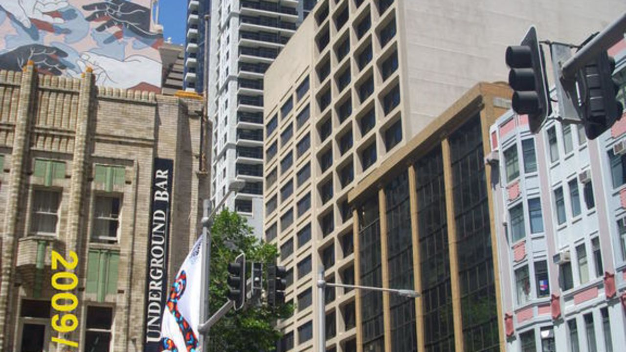 Magnificent Meriton Serviced Apartments Pitt Street Sydney Home Interior And Landscaping Dextoversignezvosmurscom