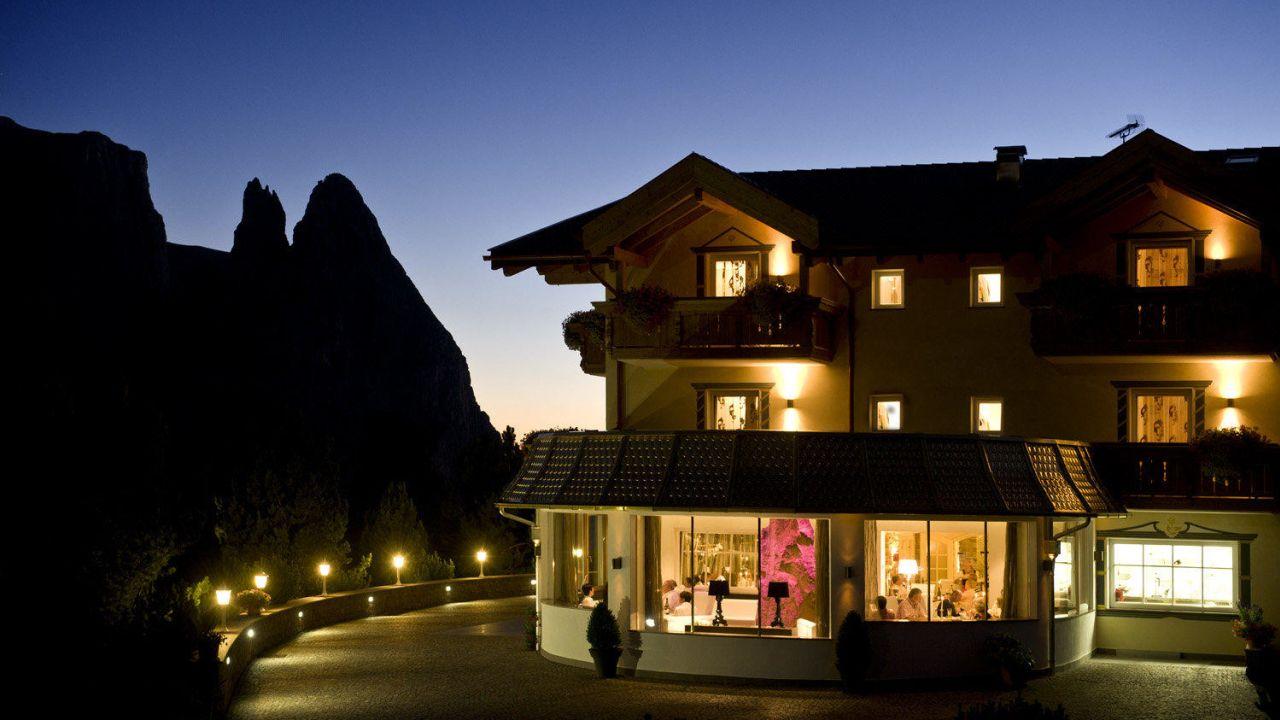Hotel Rosa Wellness Amp Beauty Campitello Di Fassa