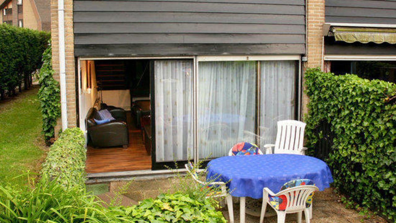 ferienhaus arche noah cadzand bad holidaycheck seeland niederlande. Black Bedroom Furniture Sets. Home Design Ideas