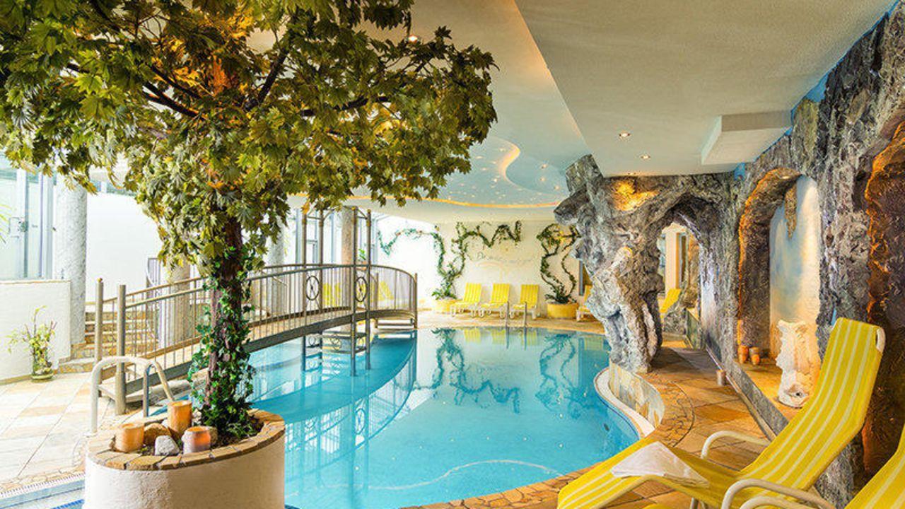Hotel hartl flachau holidaycheck salzburger land for Design hotel salzburger land