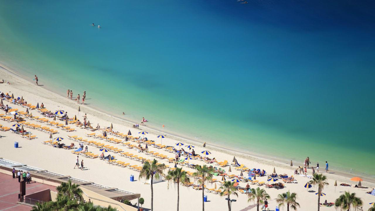 Playa de Los Amadores, Gran Canaria, Spanien
