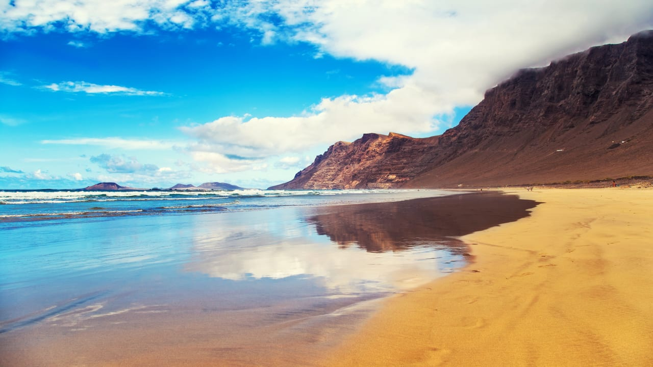 Strand Famara, Lanzarote, Spanien