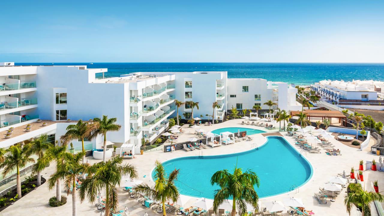 Hotel Lava Beach
