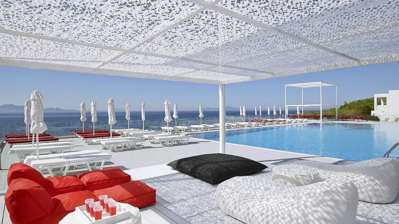 Dimitra Beach Resort Hotel