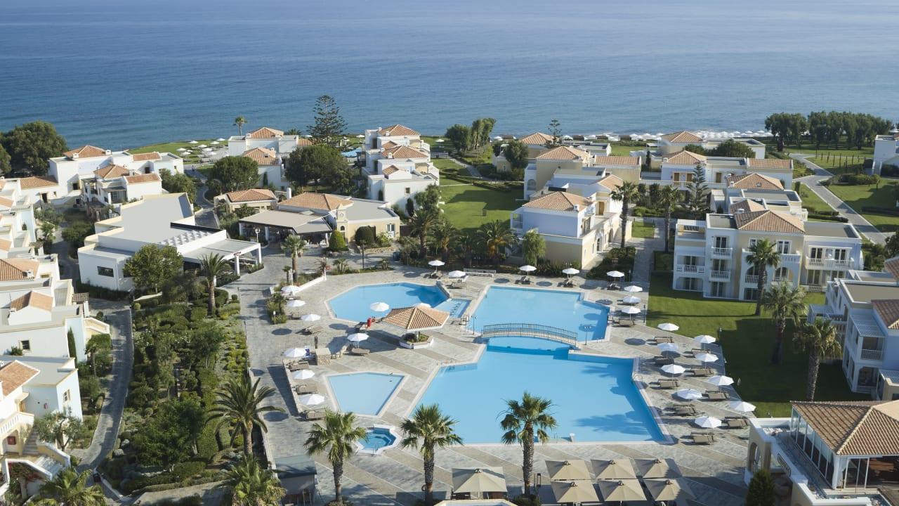 Neptune Hotels - Resort Convention Centre & Spa