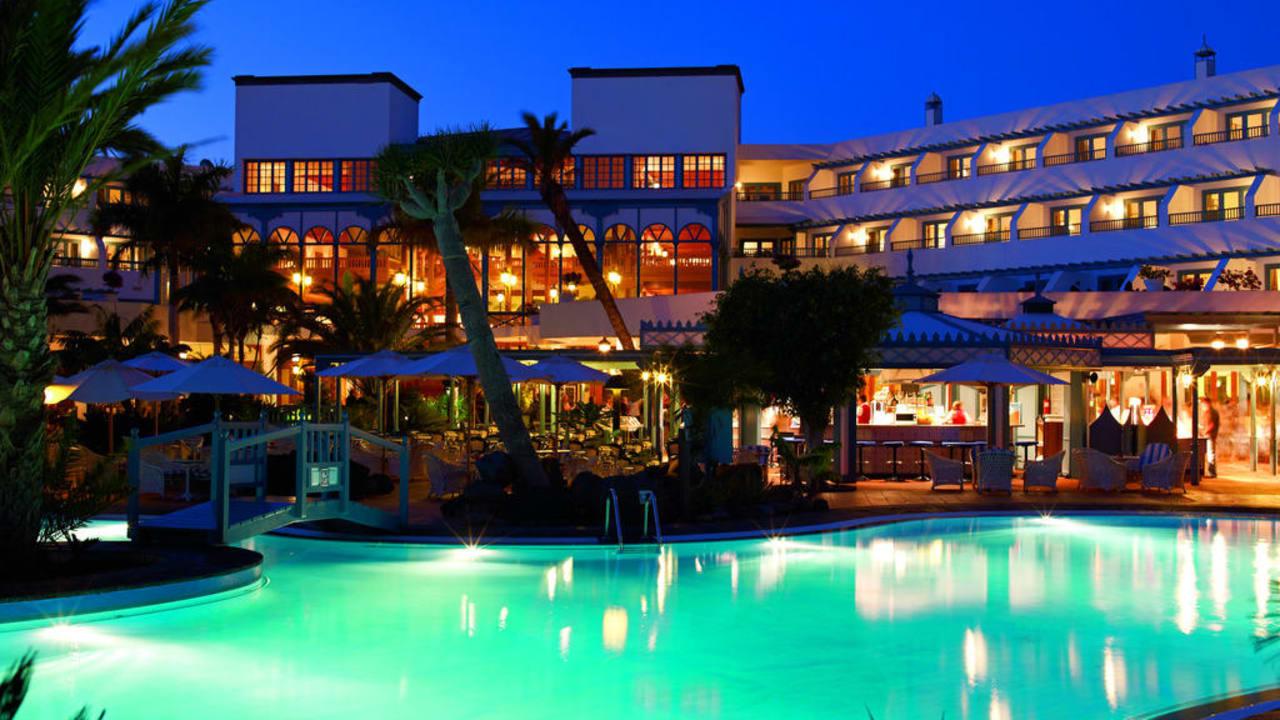 Seaside Hotel Los Jameos