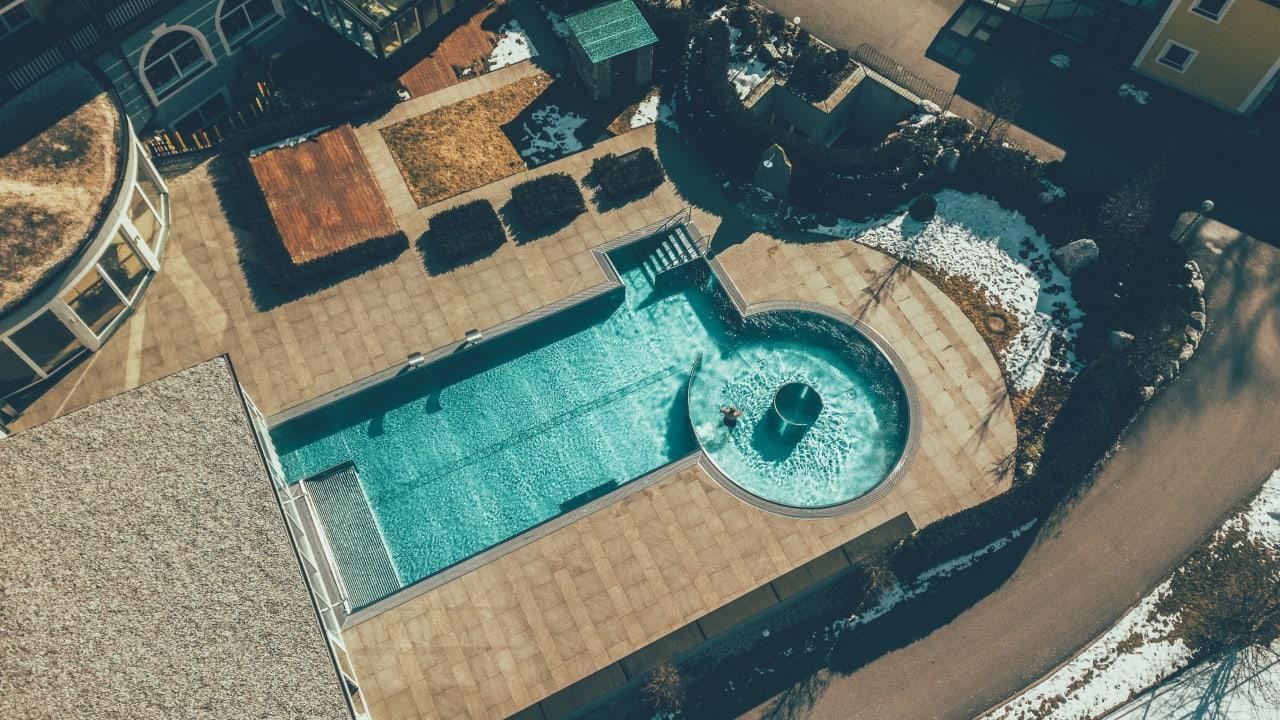 POST - Family Resort