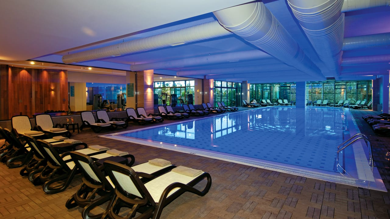 Commodore Elite Suites & Spa - Adults only