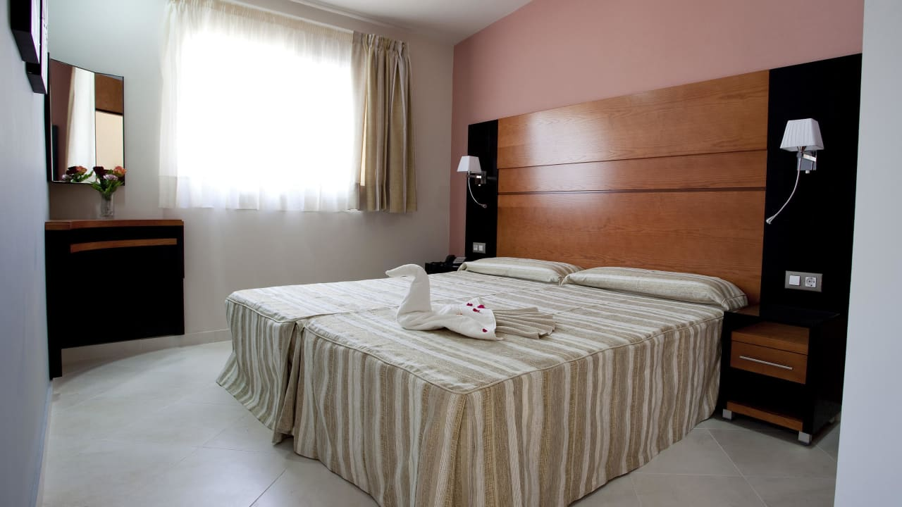 Hotel HL Miraflor Suites