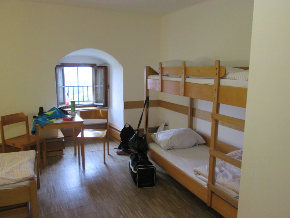 3 bett zimmer jugendherberge saldenburg saldenburg holidaycheck bayern deutschland. Black Bedroom Furniture Sets. Home Design Ideas