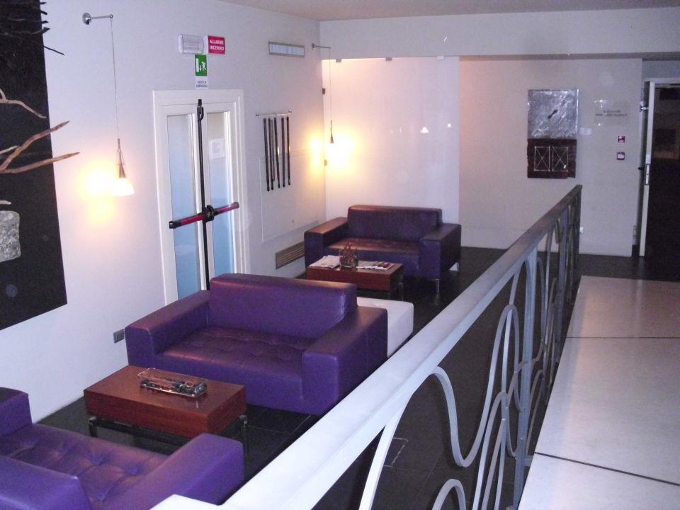 Kleiner Aufenthaltsraum Hotel Metropolis