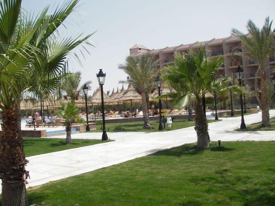 Gartenanlage Siva Grand Beach