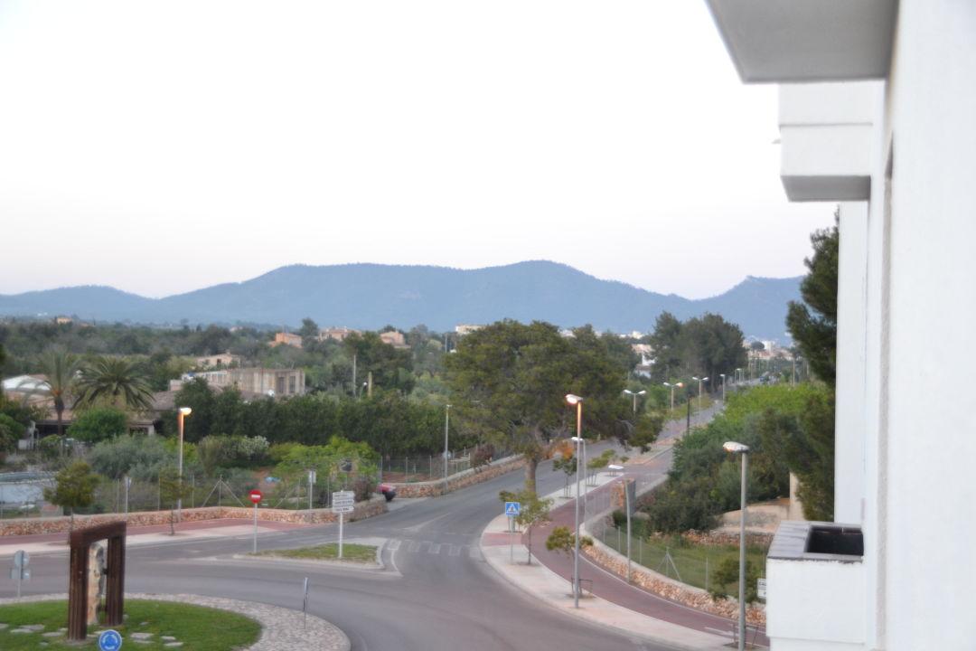Kreisverkehr vorm hotel smartline Millor Sol