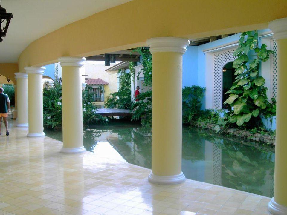 Eingang IBEROSTAR Hotel Hacienda Dominicus