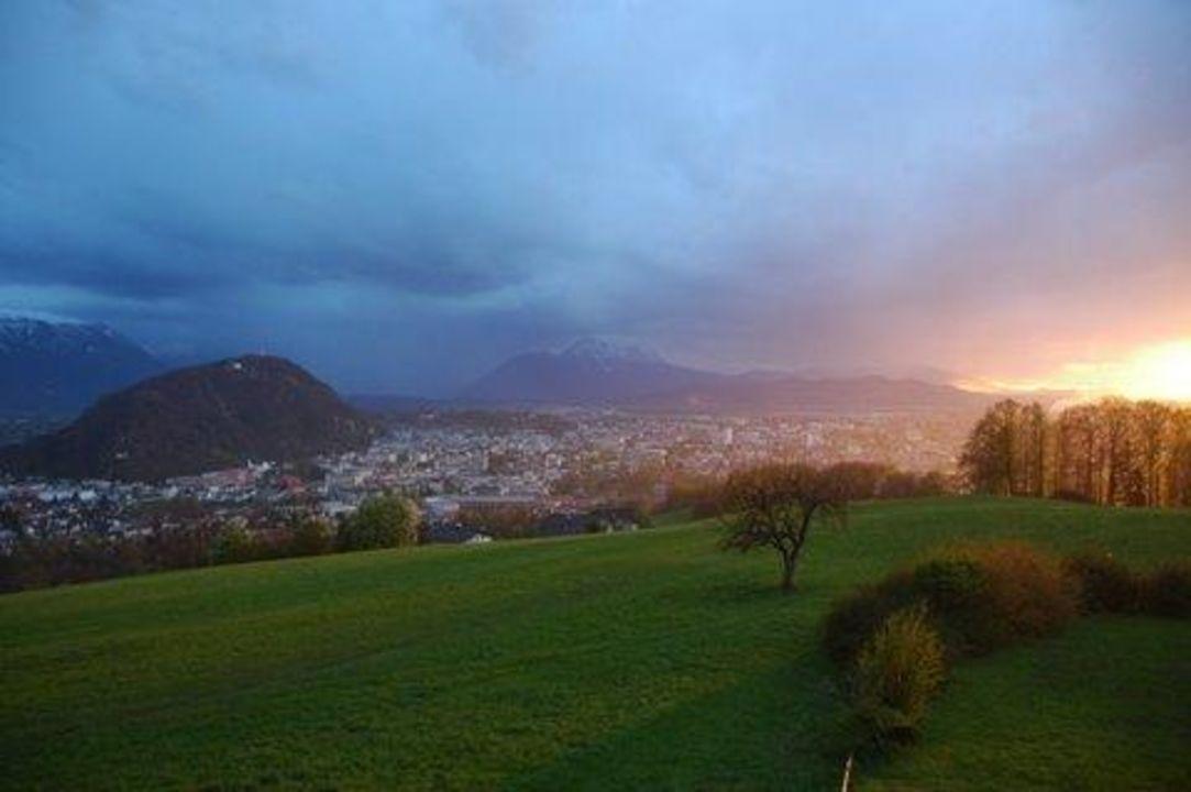 Sonnenuntergang Vom Zimmer Hotel Schone Aussicht Salzburg