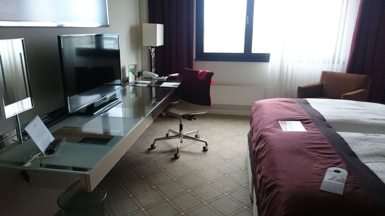 Moderne zimmereinrichtung hotel the westin leipzig leipzig holidaycheck sachsen - Moderne zimmereinrichtung ...