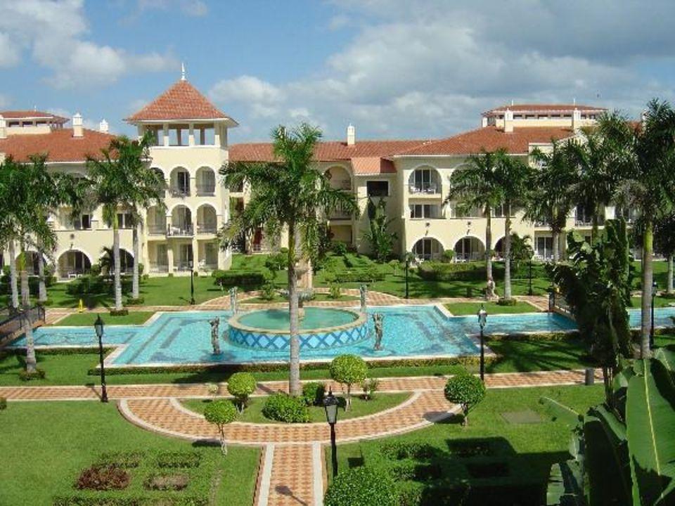 Innenhof Hotel Riu Palace Mexico