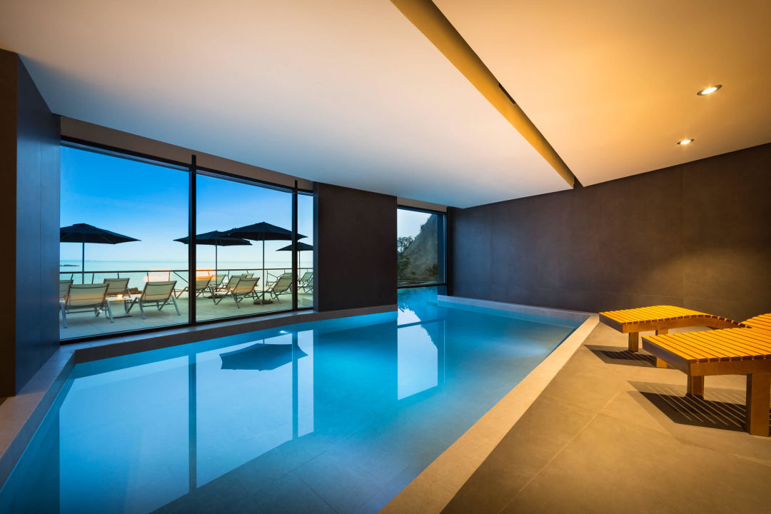 Design Hotel Navis - Swimming pool and hotel SPA1 \