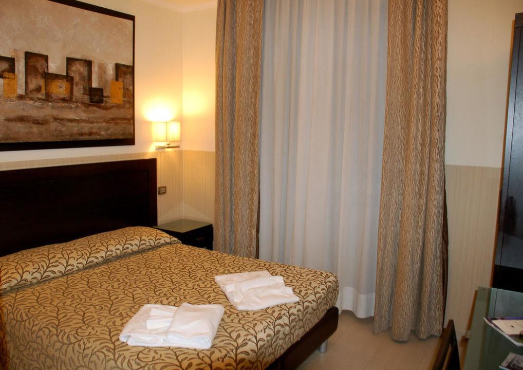 Zimmer Nr. 214 Hotel Yes