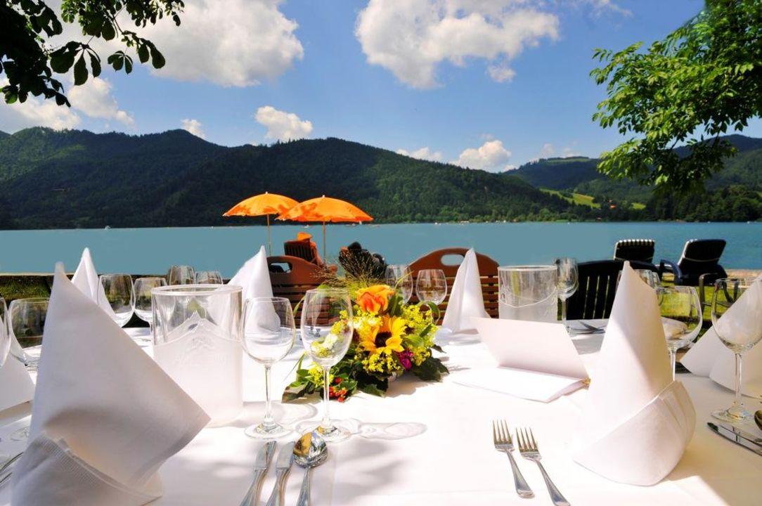 Hochzeitsfeier am See Seehotel Schlierseer Hof