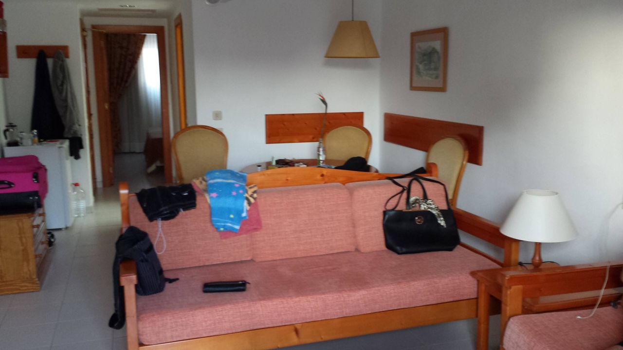 Ausstattung hotel riu oliva beach village corralejo for Riu oliva beach village
